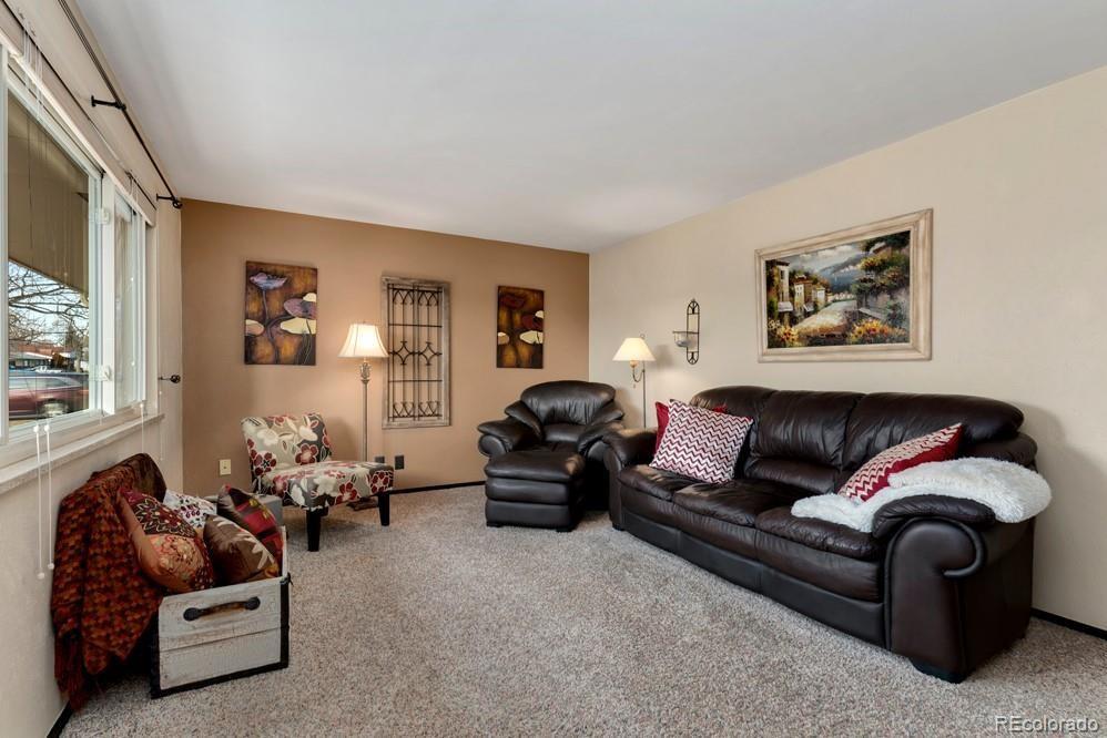 MLS# 5567673 - 4 - 1618 Hilltop Drive, Longmont, CO 80504