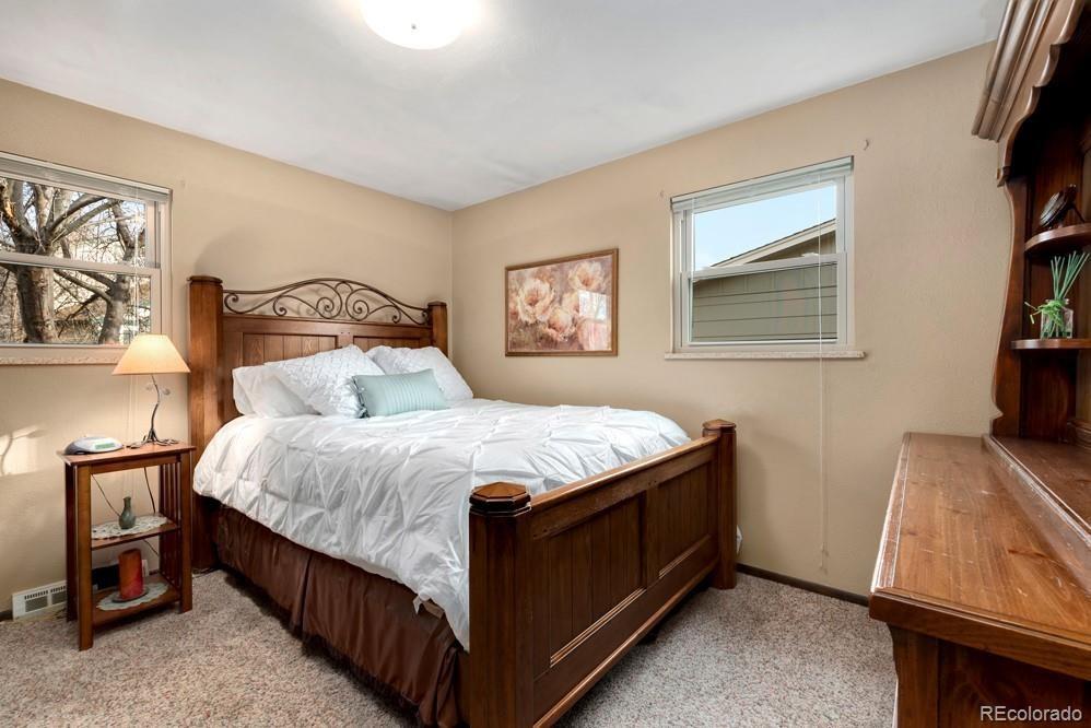 MLS# 5567673 - 10 - 1618 Hilltop Drive, Longmont, CO 80504