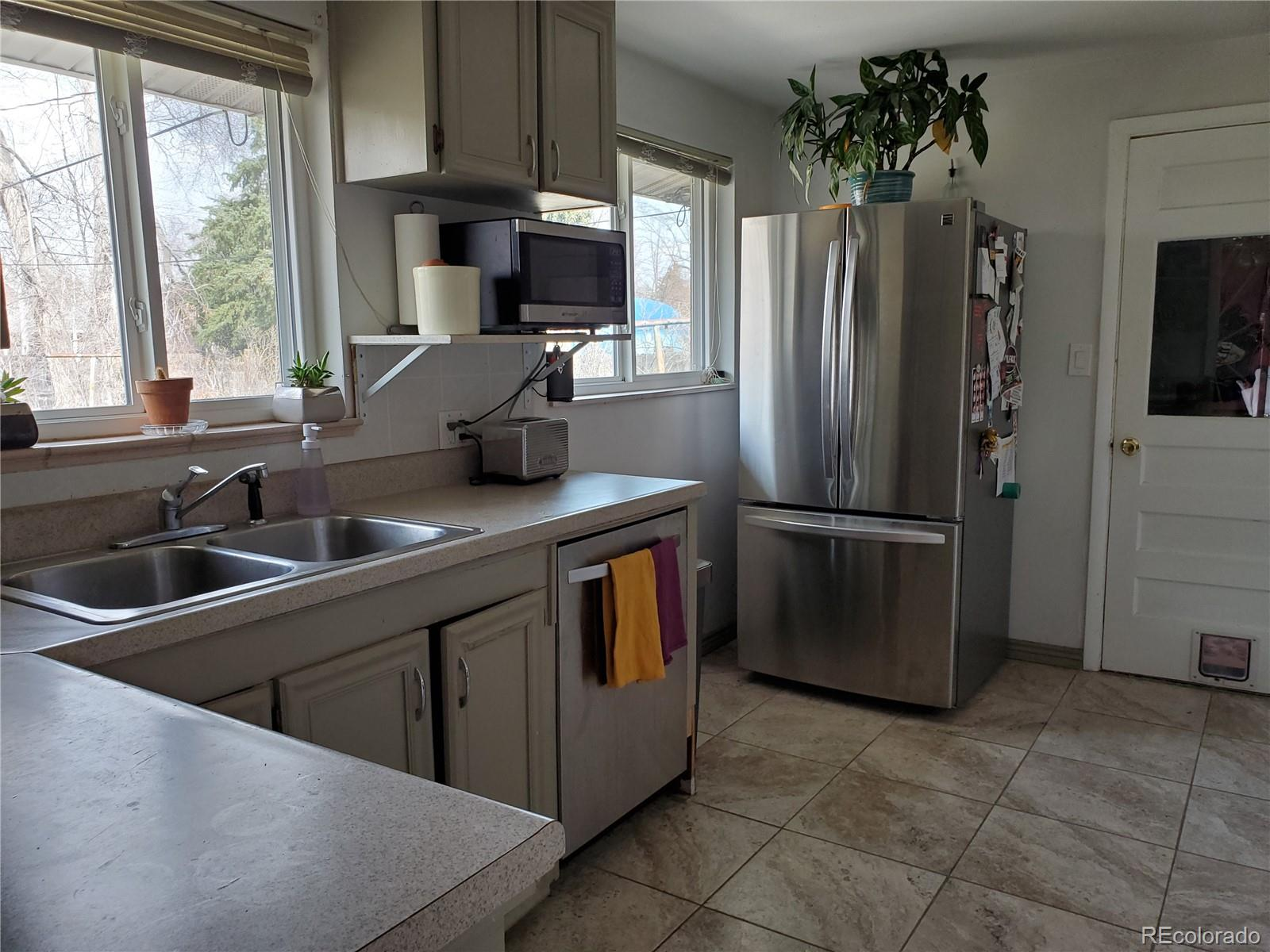MLS# 5584211 - 13 - 8105 W 16th Place, Lakewood, CO 80214