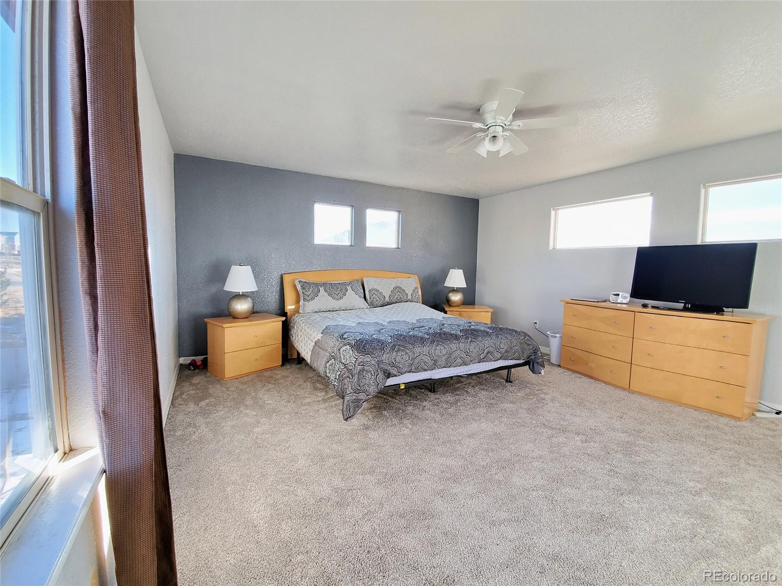 MLS# 5659966 - 18 - 2588 S Halifax Court, Aurora, CO 80013