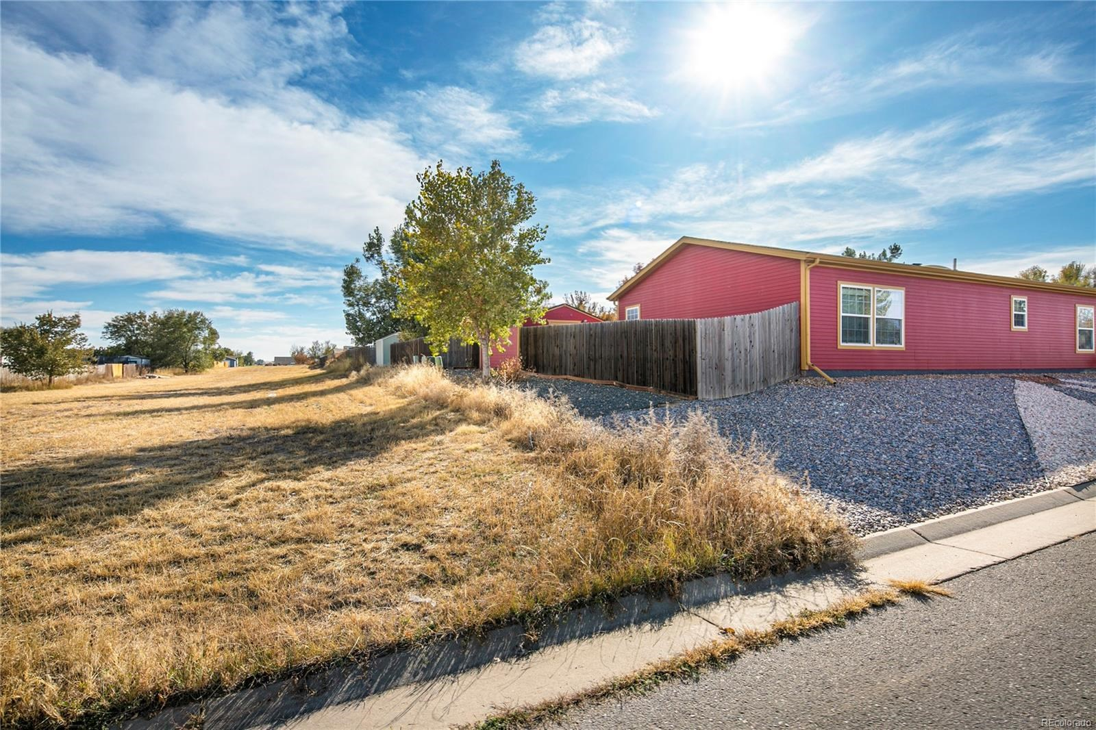 MLS# 5700452 - 5 - 298 Apache Place, Lochbuie, CO 80603