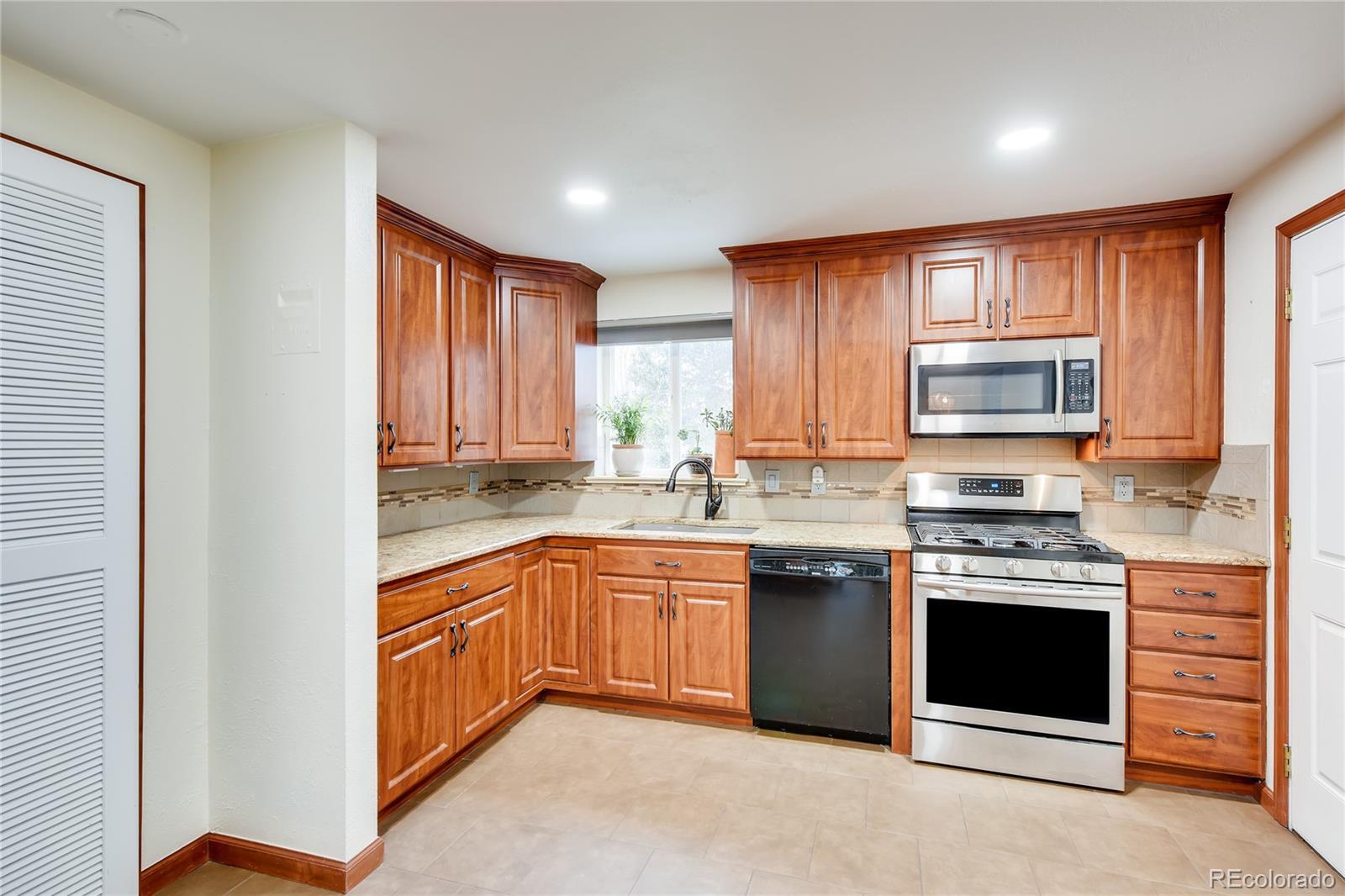 MLS# 5843899 - 6 - 1382 S Canosa Court, Denver, CO 80219