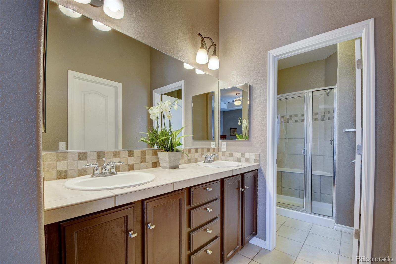 MLS# 6360939 - 22 - 10581 Pearlwood Circle, Highlands Ranch, CO 80126