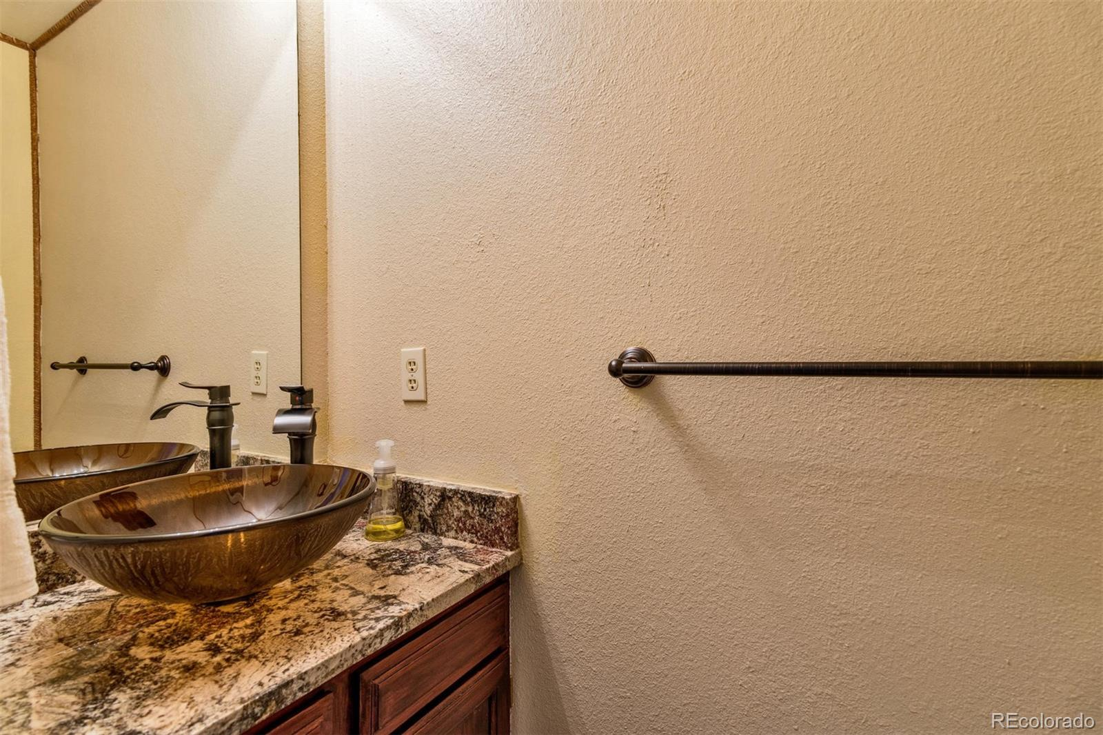 MLS# 6379353 - 13 - 8846 W Dartmouth Place, Lakewood, CO 80227