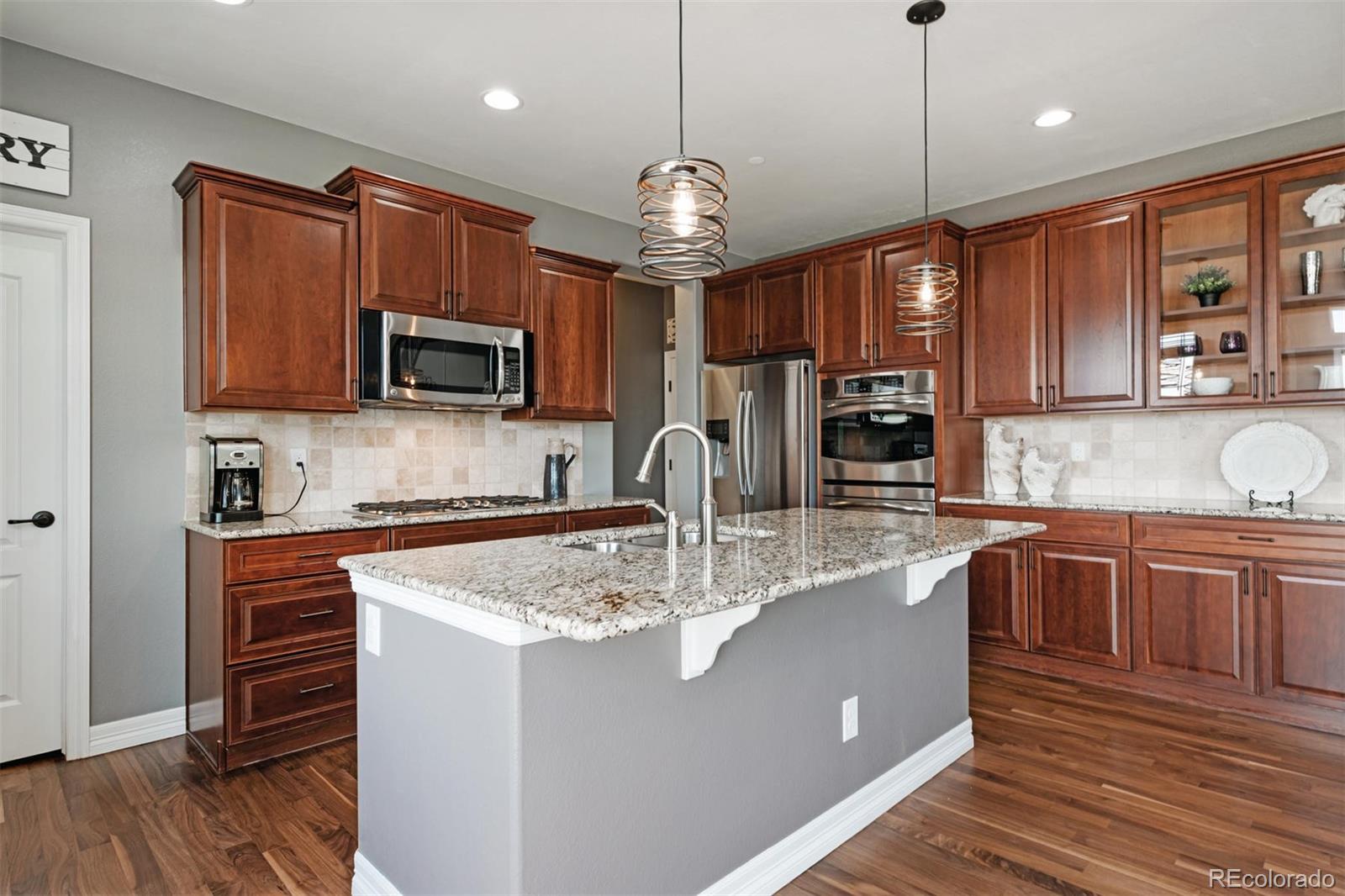 MLS# 6520057 - 9 - 1556 Bent Wedge Point , Castle Rock, CO 80109