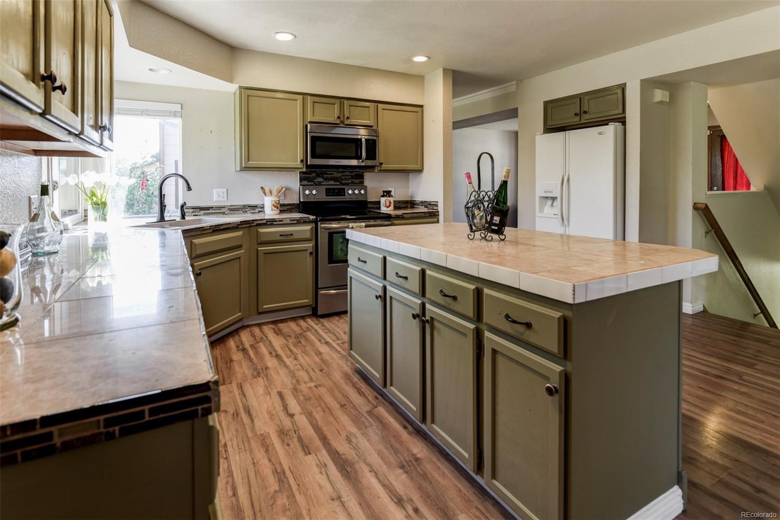 MLS# 6546824 - 1 - 1366  S Canoe Creek Drive, Colorado Springs, CO 80906