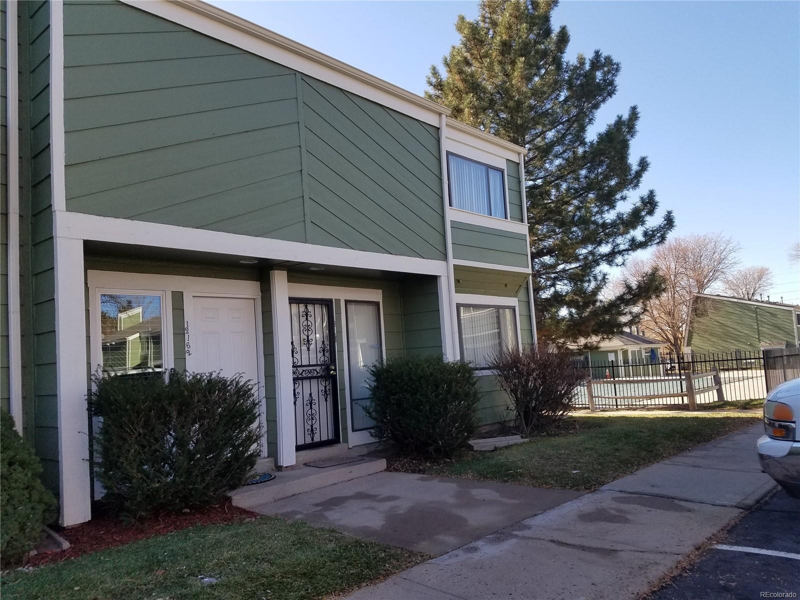 MLS# 6878459 - 2 - 12162 E Kepner Place, Aurora, CO 80012
