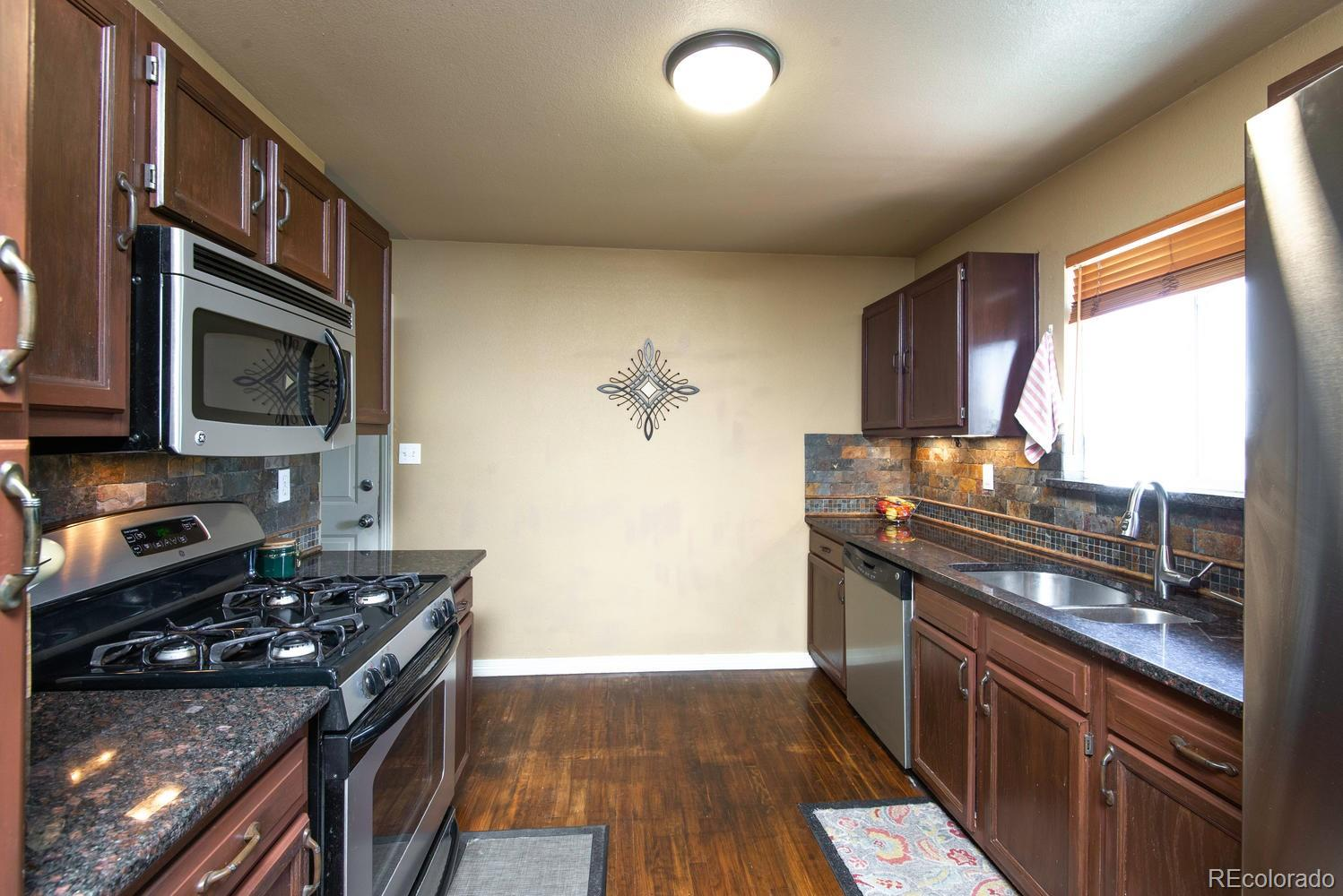 MLS# 7060125 - 13 - 901 Cottonwood Court, Fort Lupton, CO 80621