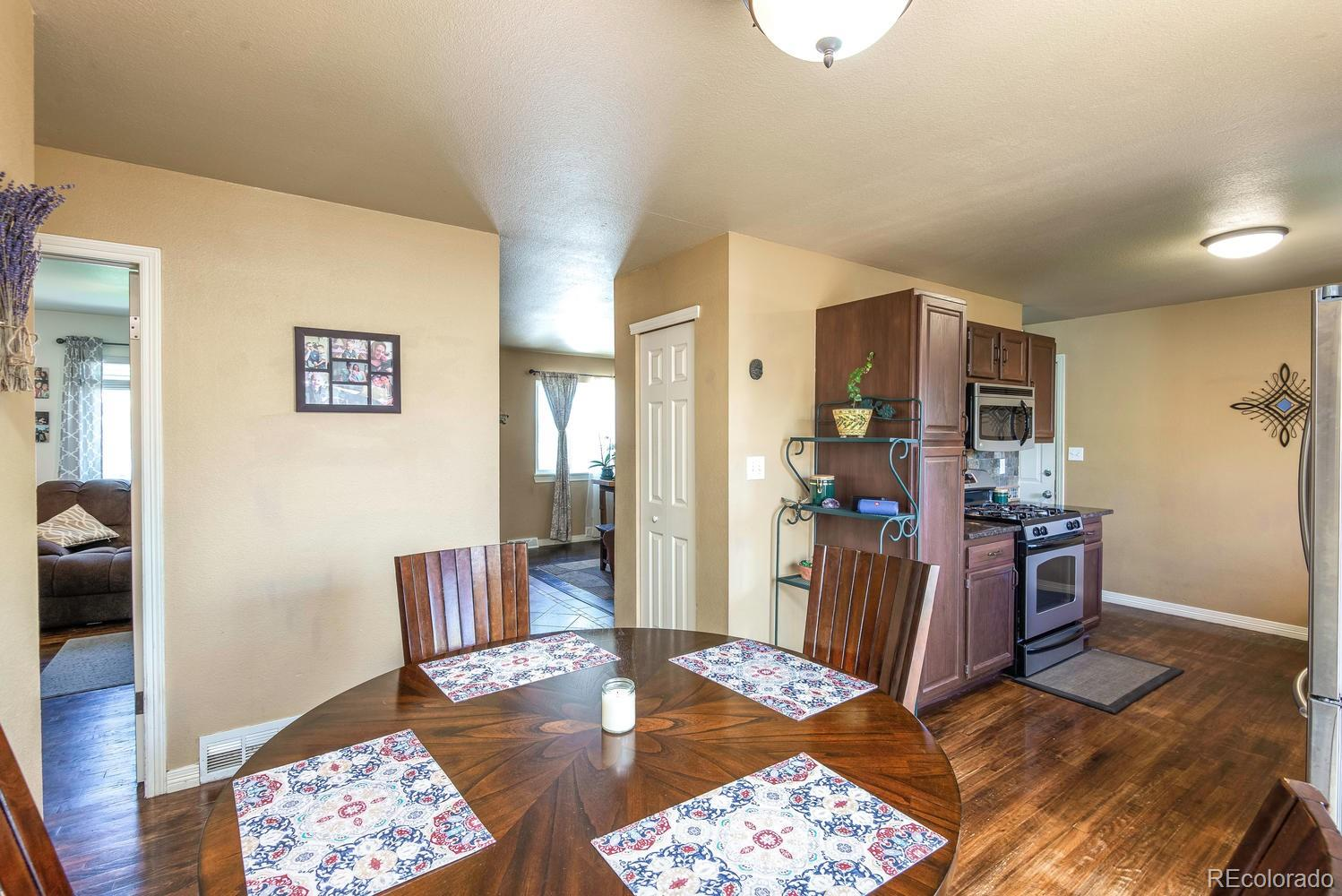 MLS# 7060125 - 10 - 901 Cottonwood Court, Fort Lupton, CO 80621
