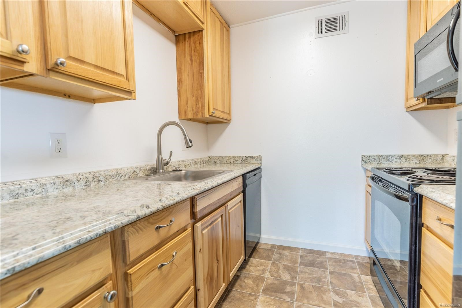 MLS# 7143166 - 4 - 3663 S Sheridan Boulevard #I16, Denver, CO 80235