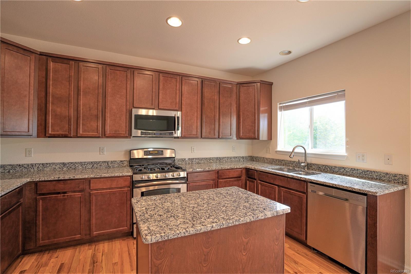 MLS# 7654141 - 6 - 961 Sparrow Hawk Drive, Longmont, CO 80504