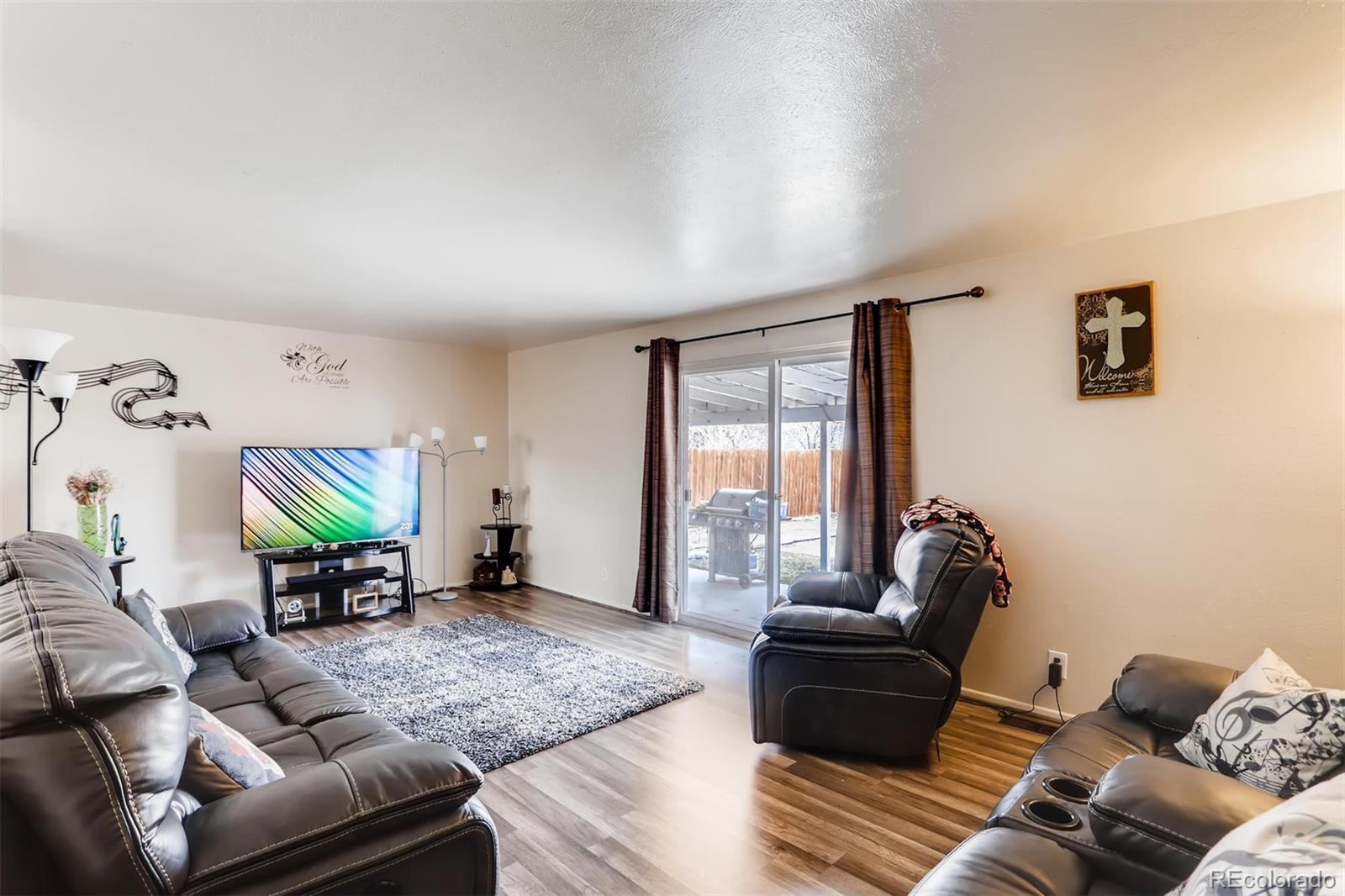 MLS# 7901545 - 2 - 1389 Douglas Drive, Denver, CO 80221