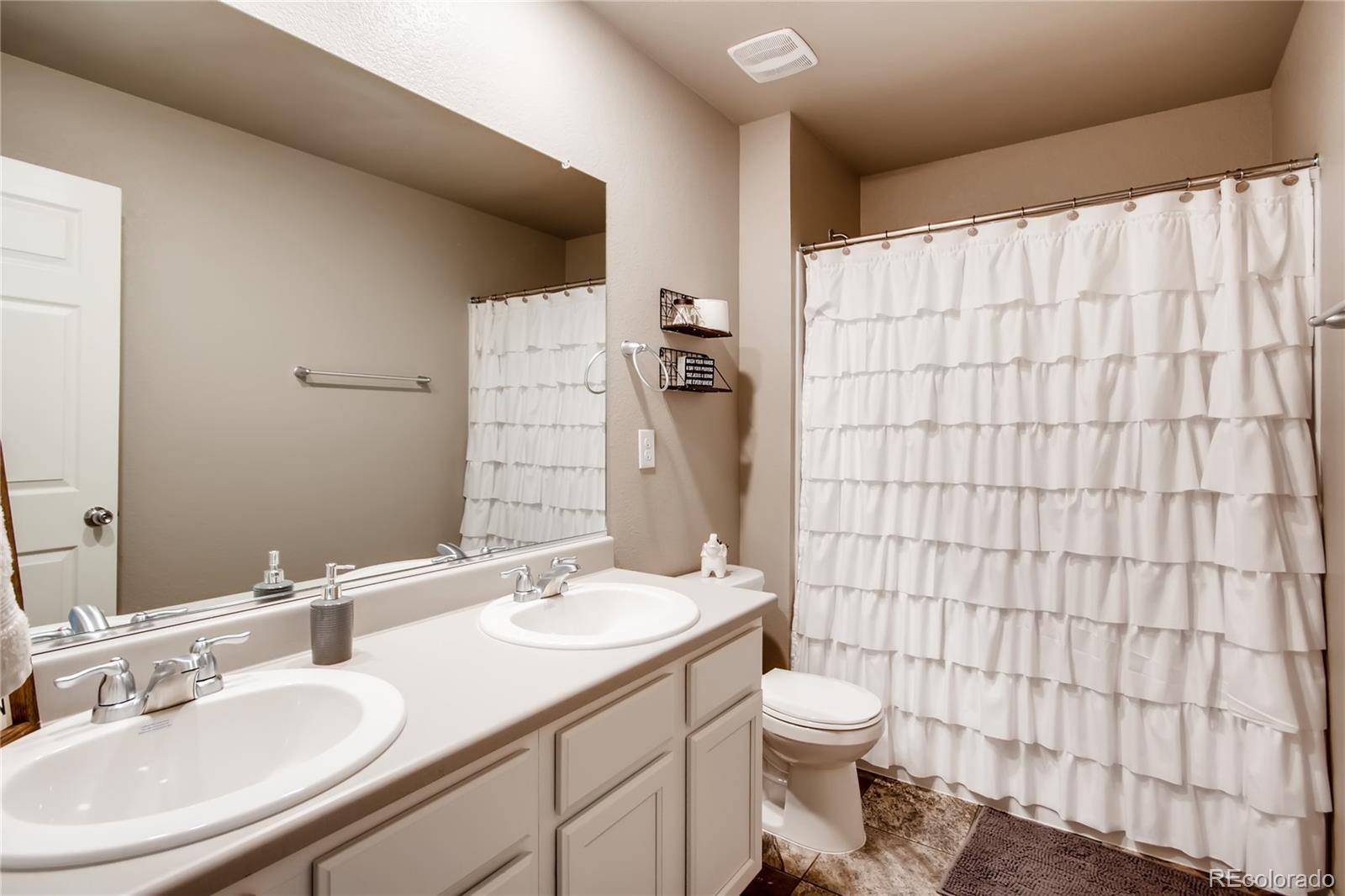 MLS# 8231798 - 22 - 6038 High Timber Circle, Castle Rock, CO 80104