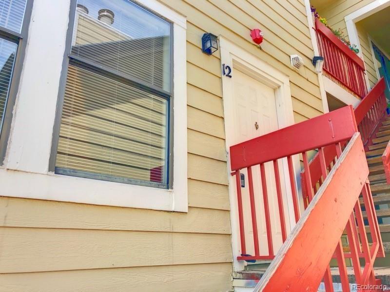 MLS# 8294219 - 1 - 992  S Dearborn Way, Aurora, CO 80012