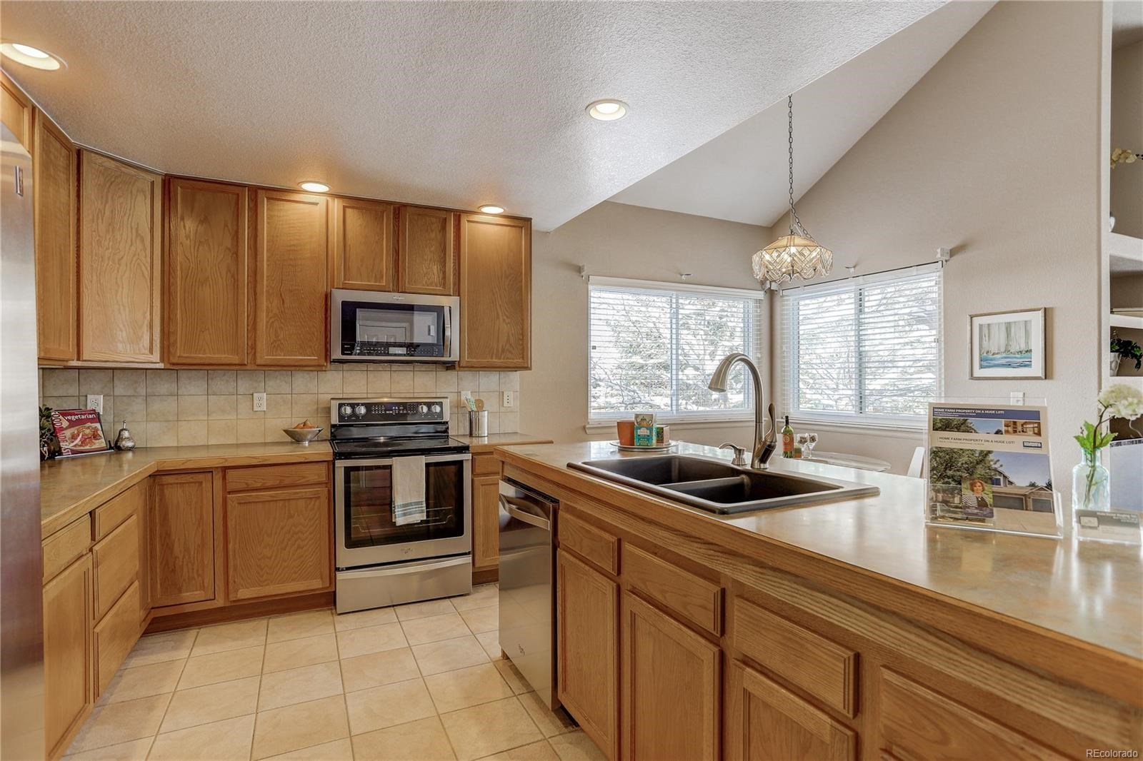MLS# 8327774 - 9 - 806 W 127th Court, Westminster, CO 80234