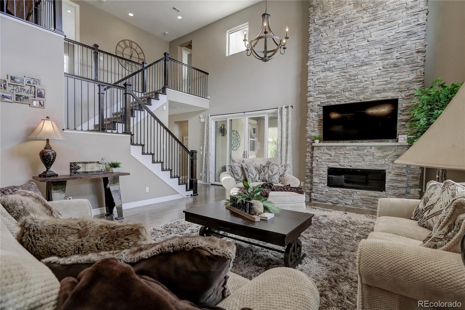 MLS# 8360577 - 6 - 2247 S Isabell Court, Lakewood, CO 80228