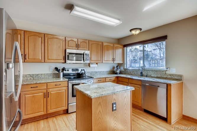 MLS# 8373958 - 4 - 10117 Woodrose Court, Highlands Ranch, CO 80129