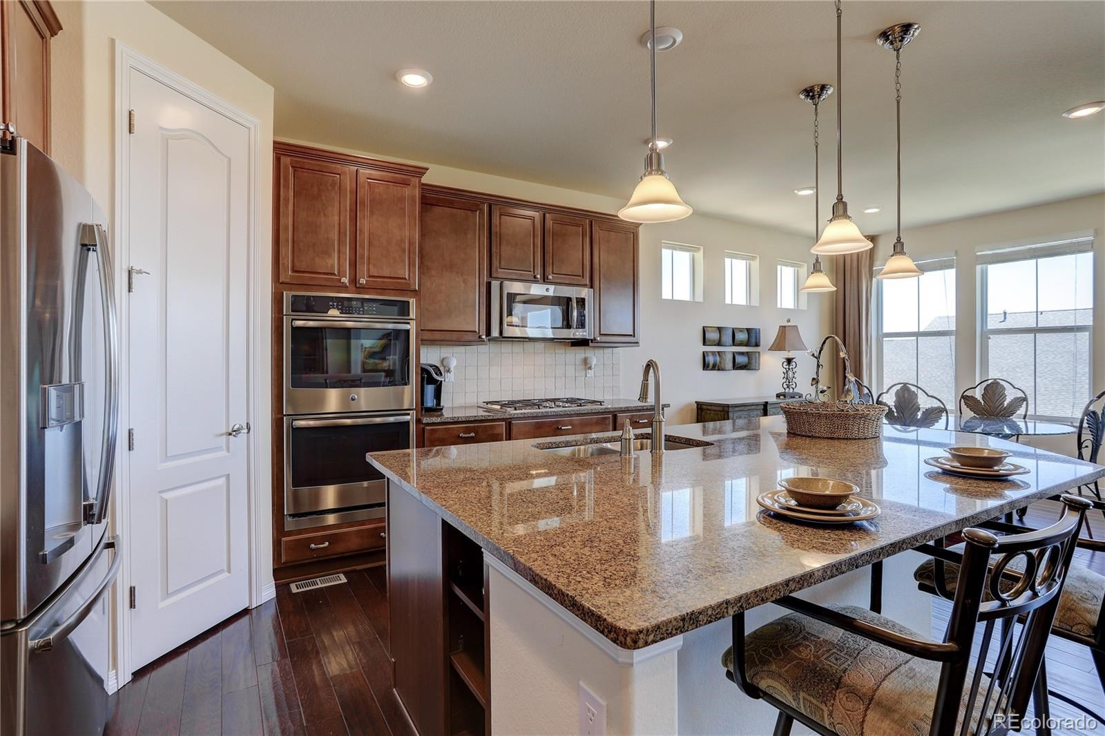 MLS# 8545425 - 11 - 7598 S Country Club Parkway, Aurora, CO 80016