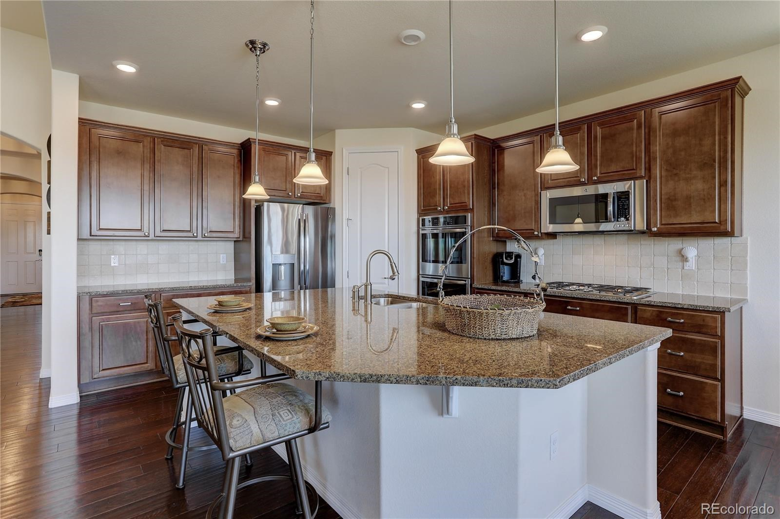 MLS# 8545425 - 12 - 7598 S Country Club Parkway, Aurora, CO 80016