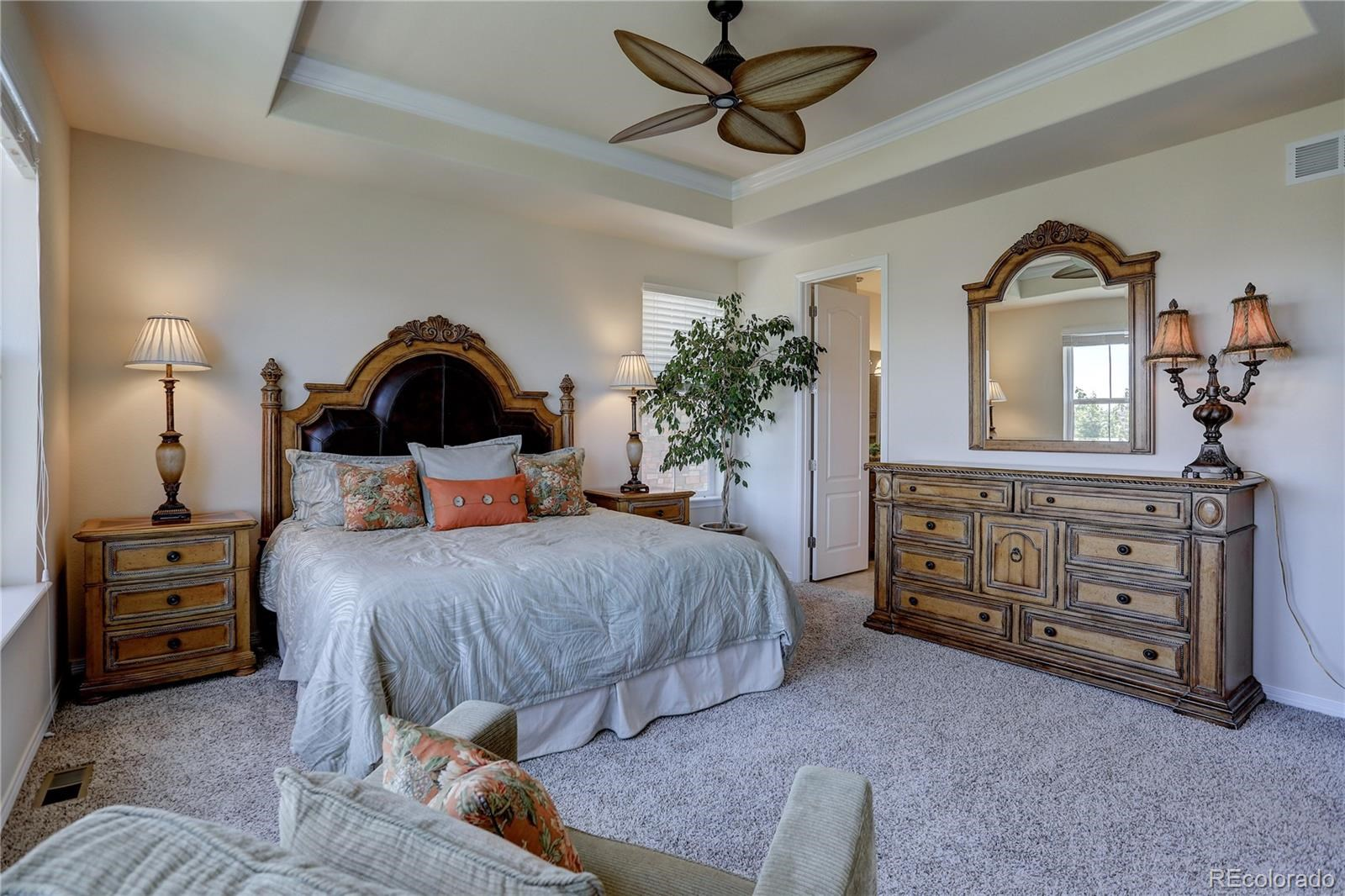 MLS# 8545425 - 17 - 7598 S Country Club Parkway, Aurora, CO 80016