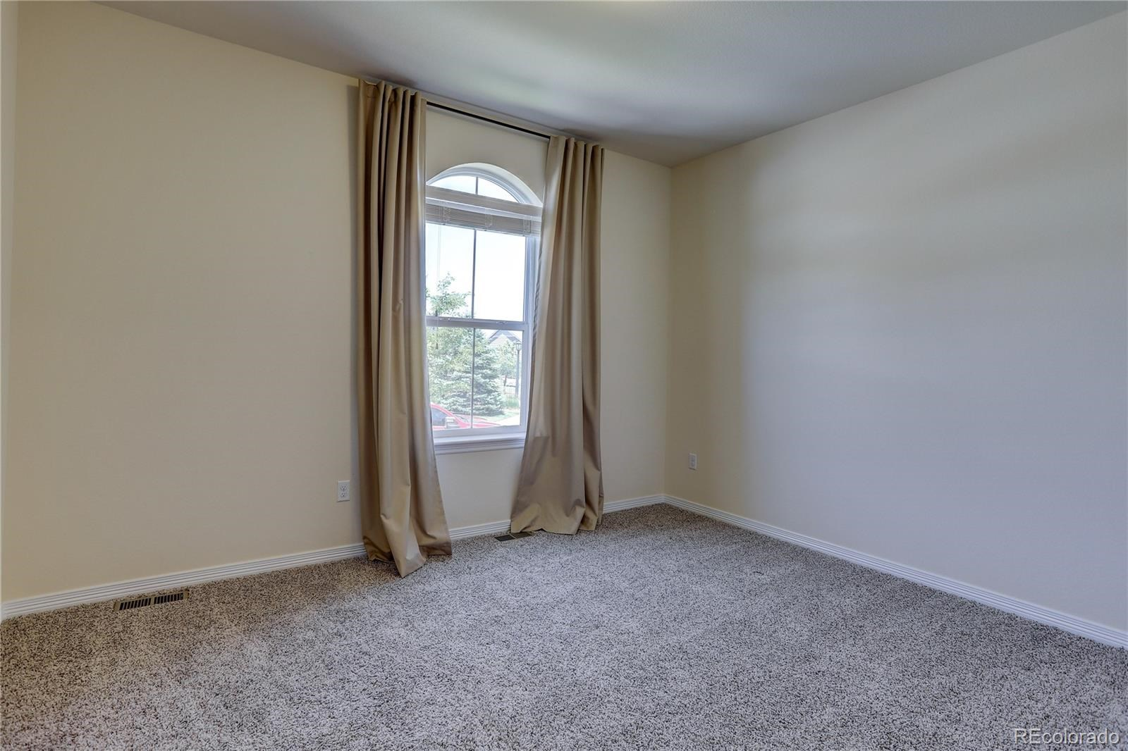 MLS# 8545425 - 26 - 7598 S Country Club Parkway, Aurora, CO 80016