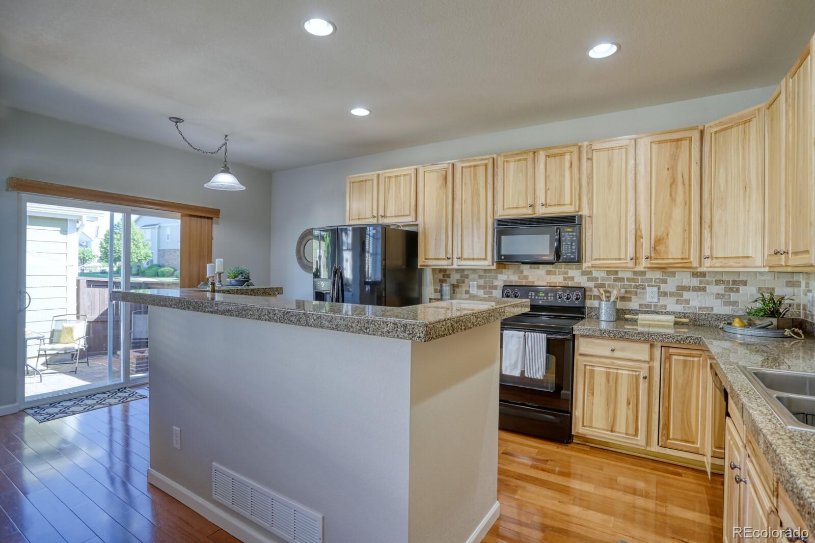 MLS# 8551789 - 12 - 22752 E Briarwood Place, Aurora, CO 80016