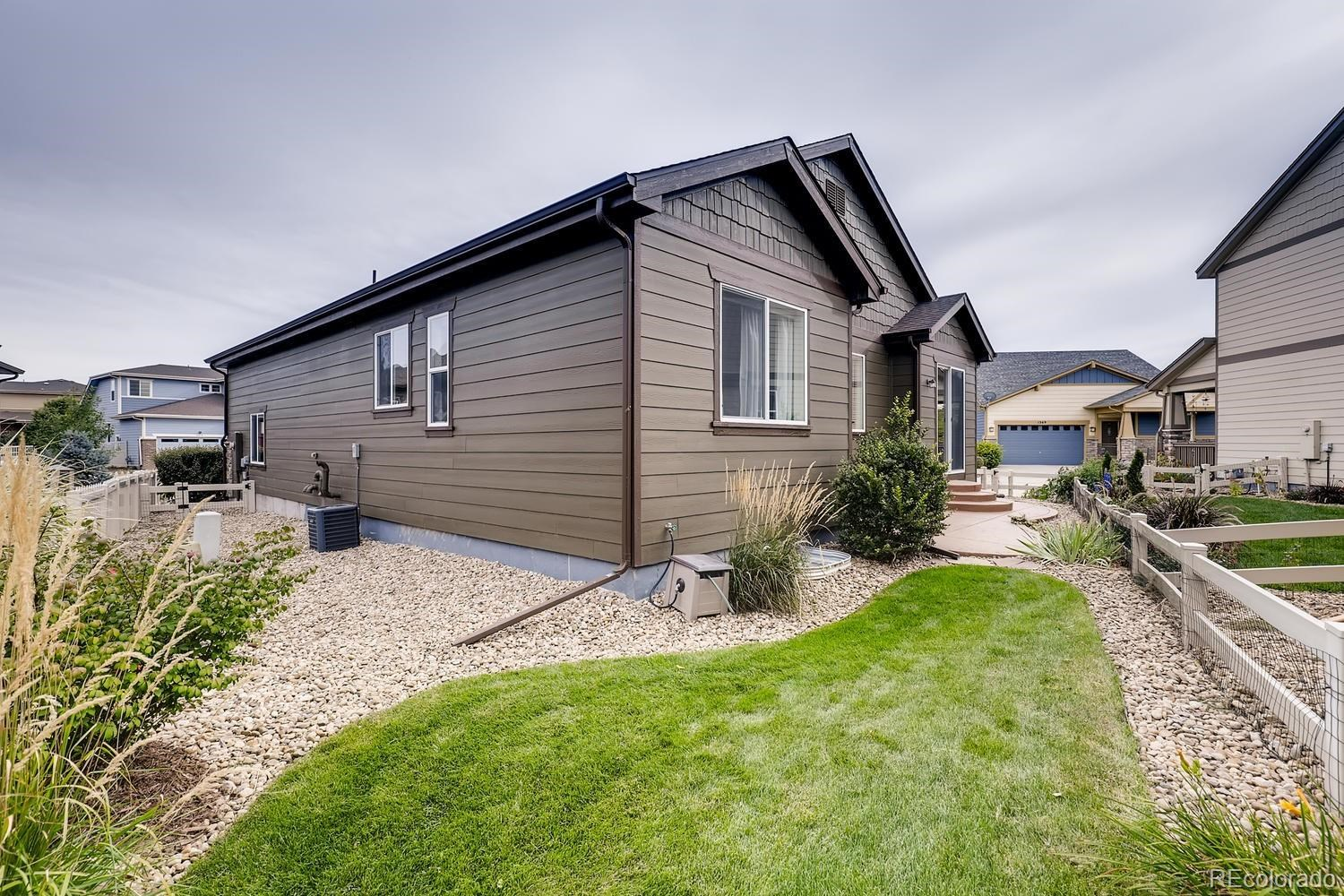 MLS# 8893940 - 37 - 1373 Armstrong Drive, Longmont, CO 80504