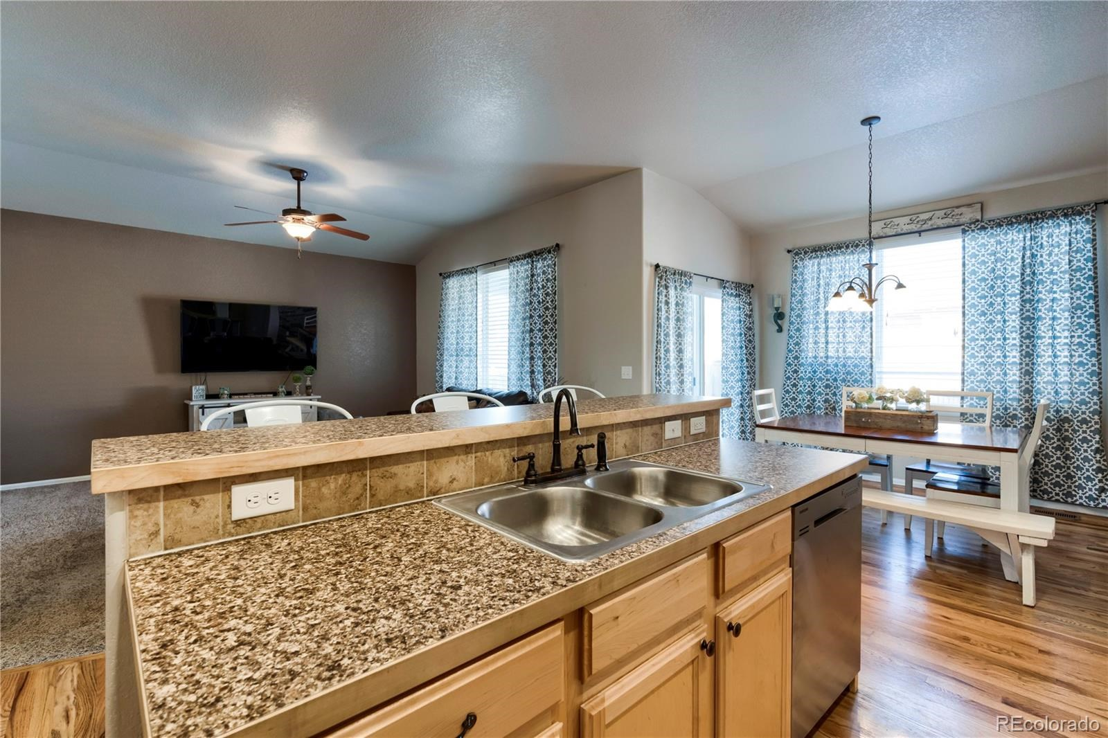 MLS# 8936788 - 12 - 621 Dee Road, Johnstown, CO 80534
