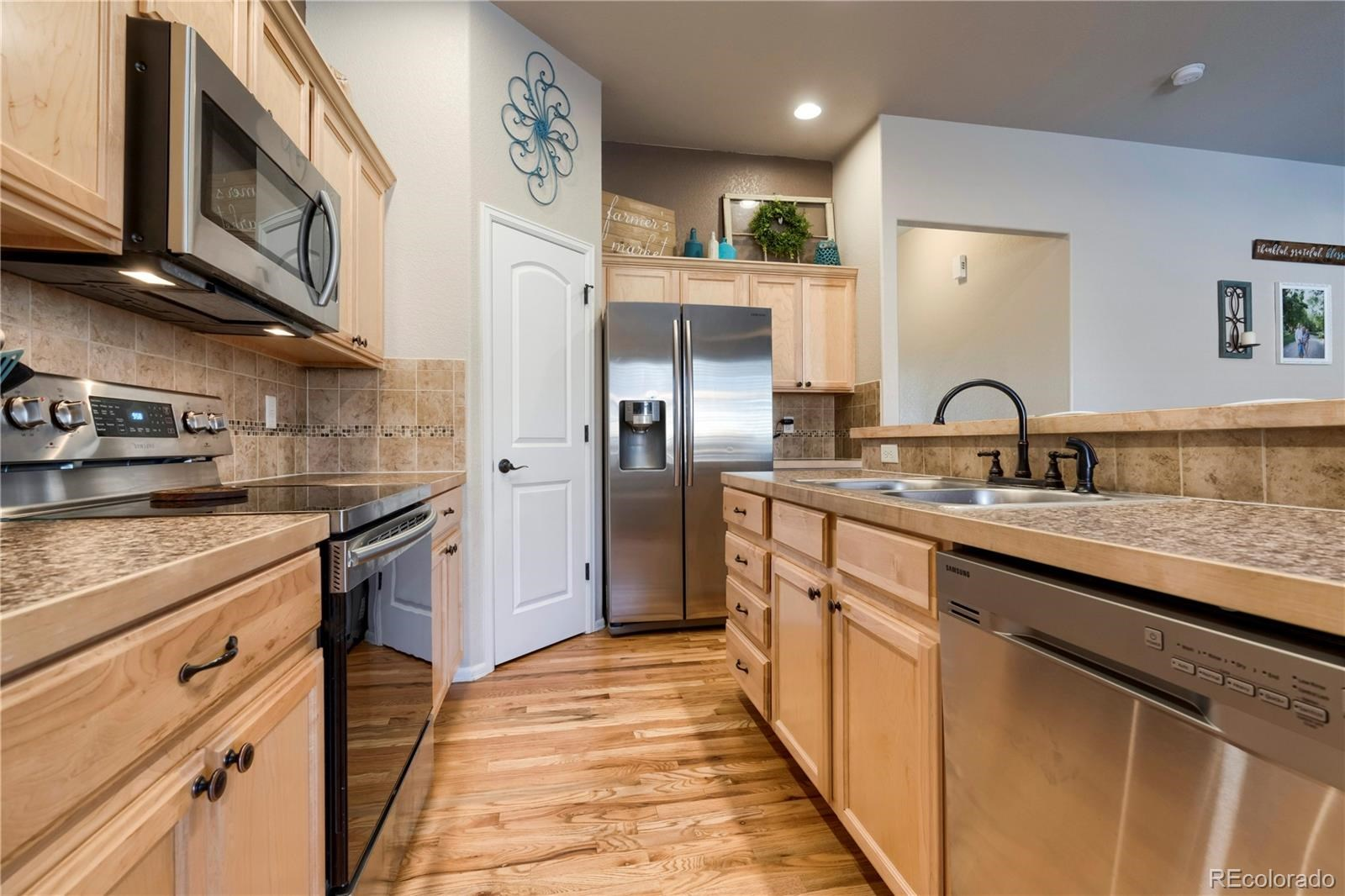MLS# 8936788 - 10 - 621 Dee Road, Johnstown, CO 80534