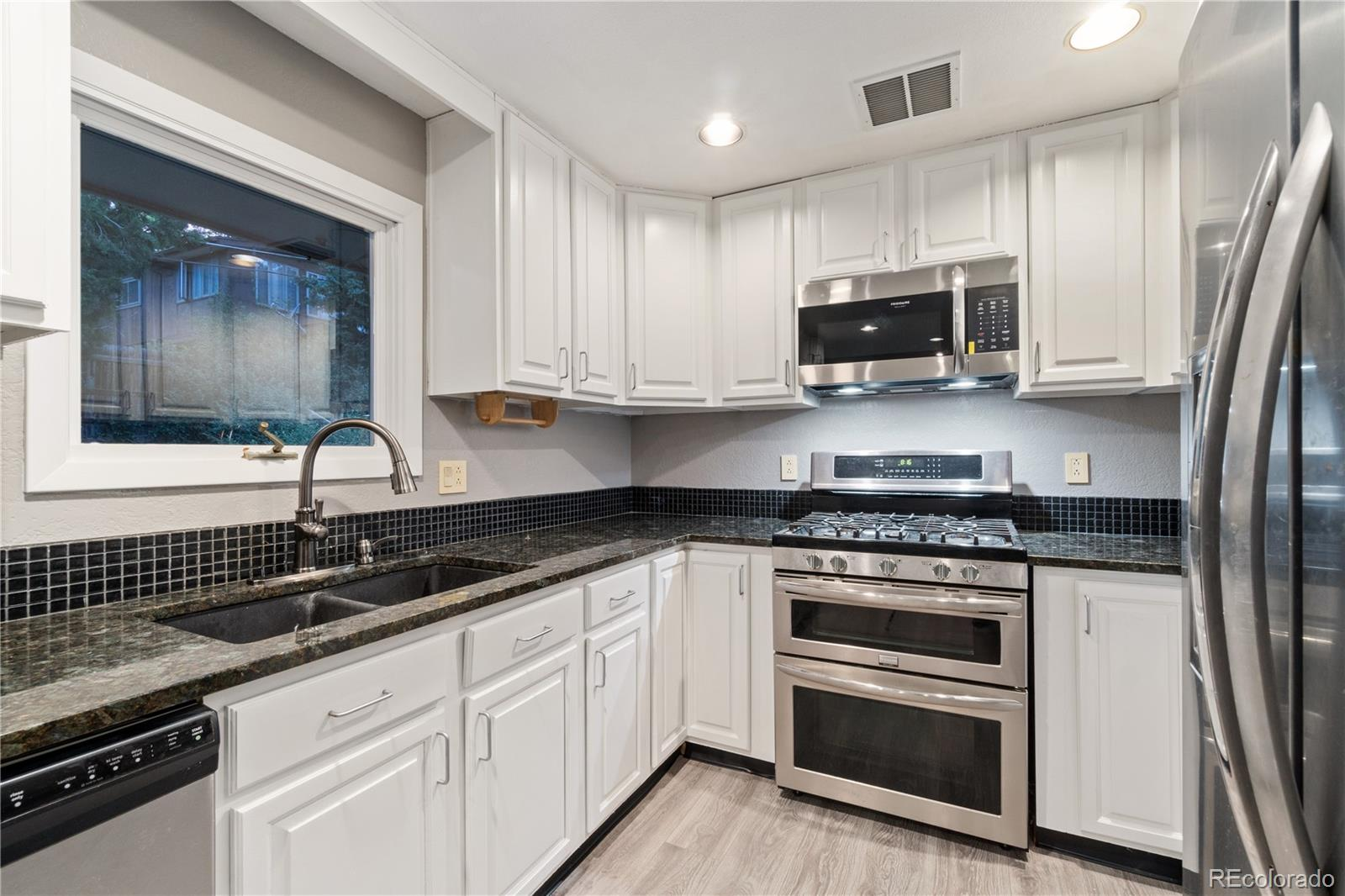 MLS# 8982790 - 6 - 735 S Braun Street, Lakewood, CO 80228