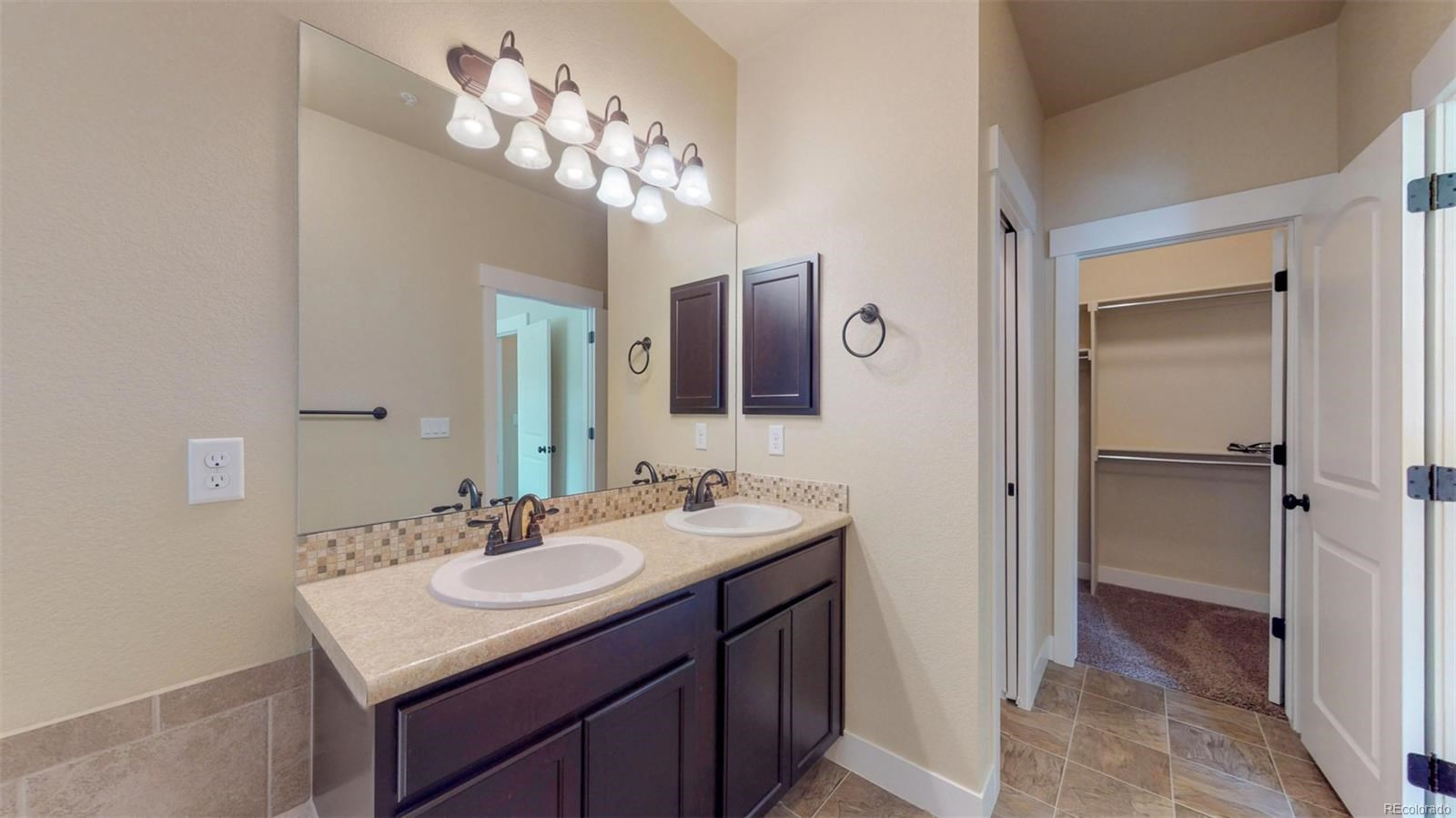 MLS# 9089562 - 18 - 5021 Brookfield Drive #13D, Fort Collins, CO 80528