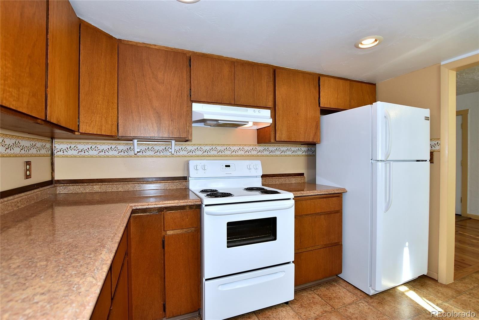 MLS# 9091323 - 16 - 605 N Franklin Avenue, Loveland, CO 80537