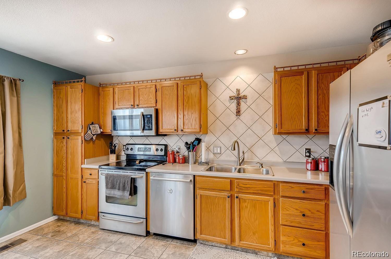 MLS# 9159923 - 3 - 4912 Altura Street, Denver, CO 80239