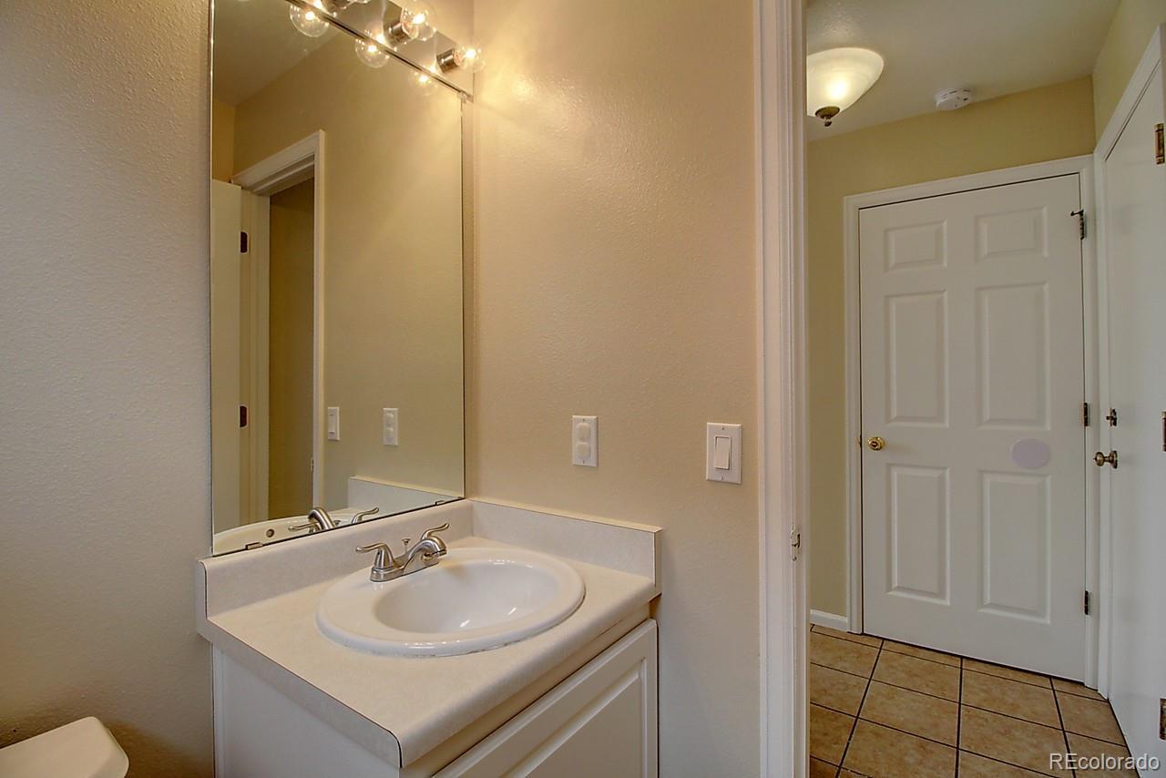 MLS# 9395452 - 27 - 1001 Riddlewood Lane, Highlands Ranch, CO 80129