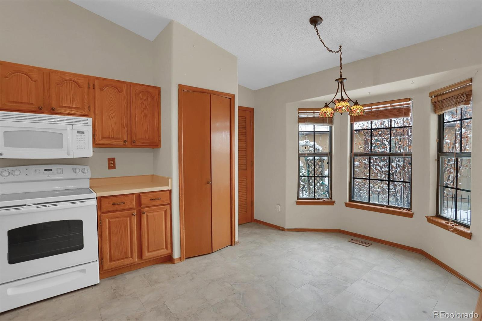 MLS# 9468423 - 6 - 4870 Purcell Drive, Colorado Springs, CO 80922