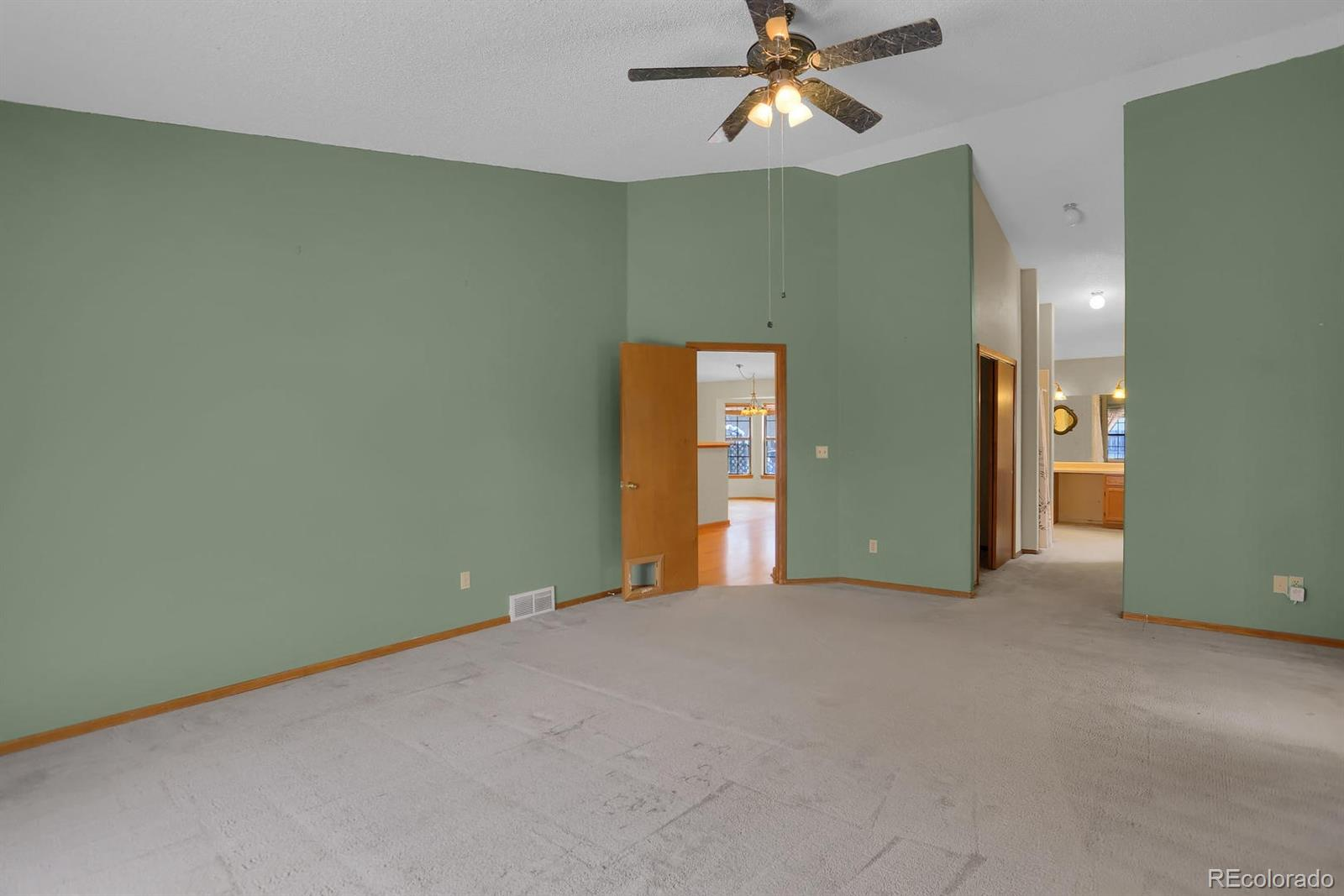 MLS# 9468423 - 10 - 4870 Purcell Drive, Colorado Springs, CO 80922