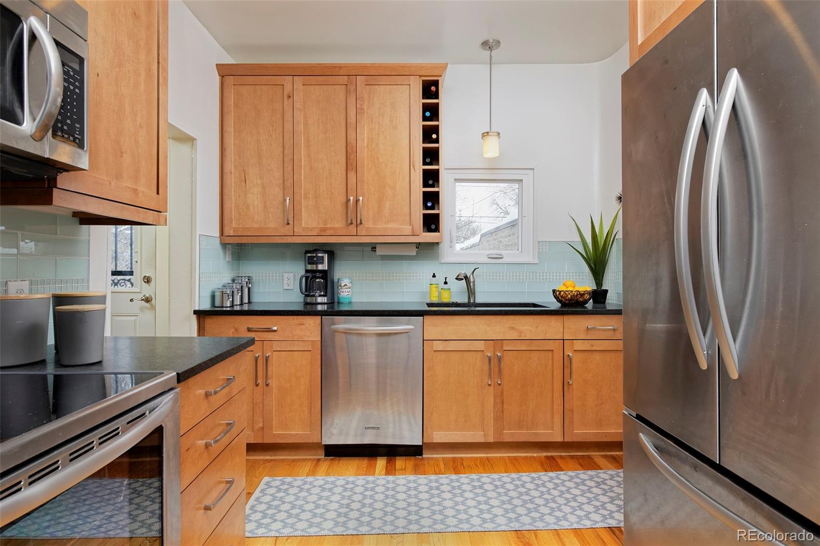 MLS# 9598393 - 4 - 2066 Hudson Street, Denver, CO 80207