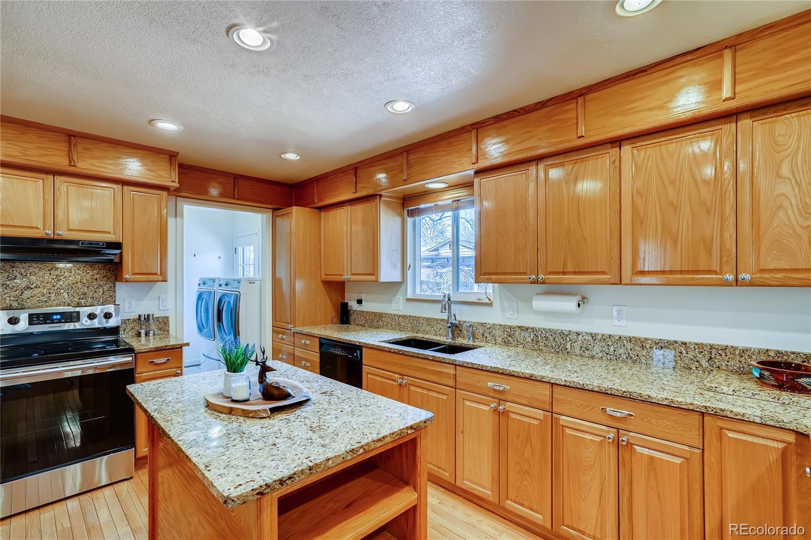 MLS# 9748380 - 8 - 8897 W Woodard Drive, Lakewood, CO 80227