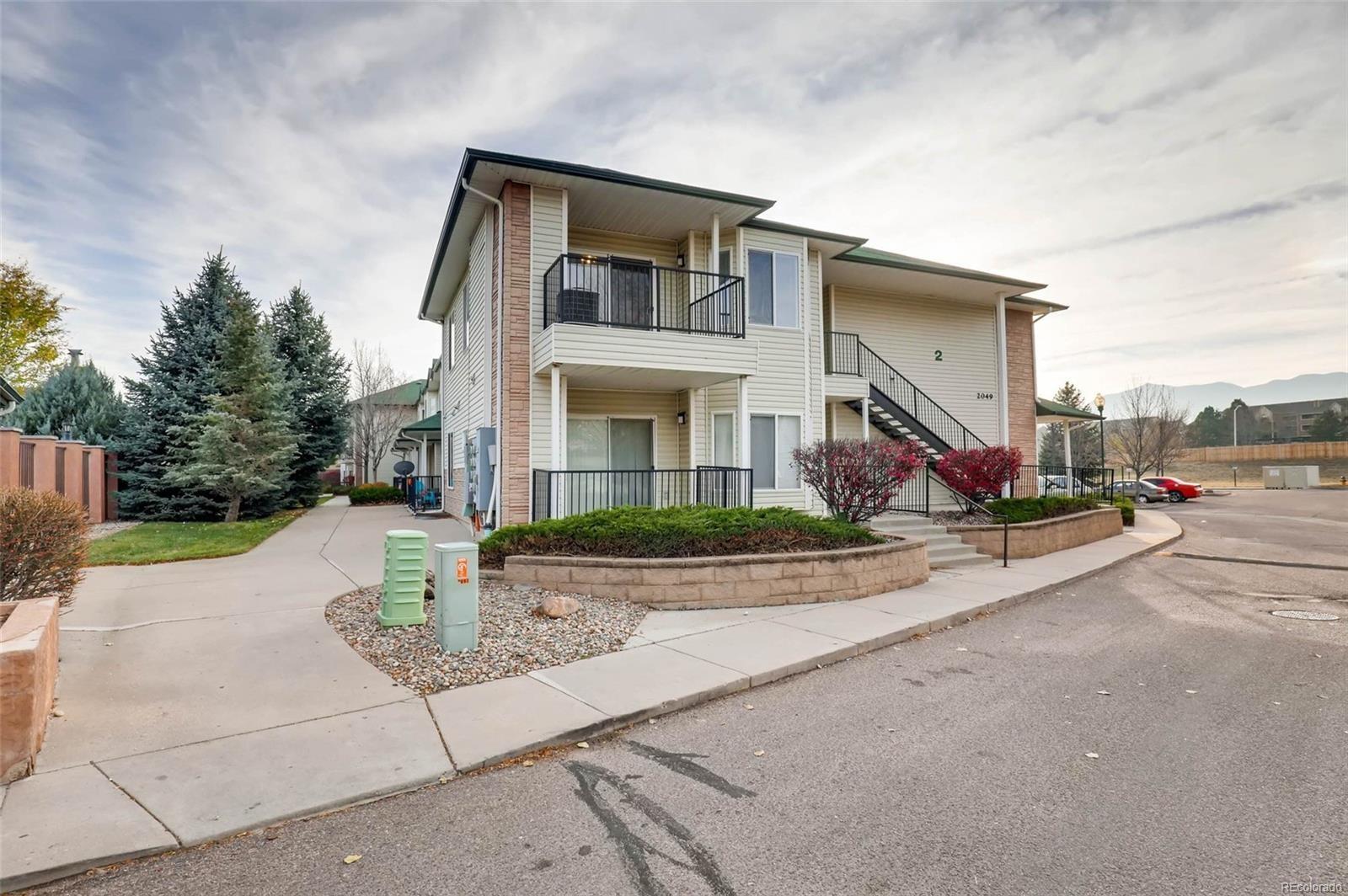 MLS# 9808696 - 4 - 2049 Legacy Ridge View, Colorado Springs, CO 80910