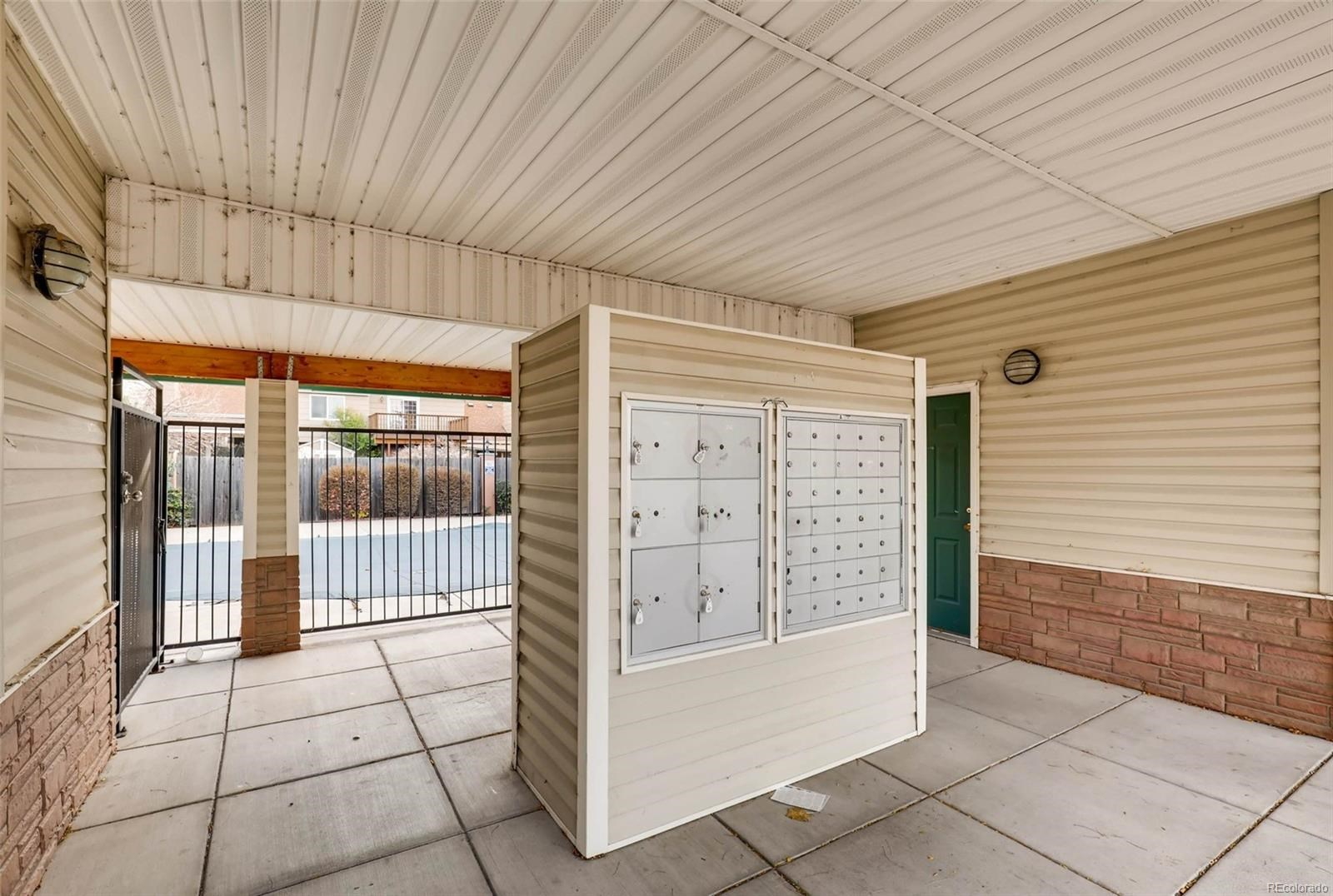 MLS# 9808696 - 34 - 2049 Legacy Ridge View, Colorado Springs, CO 80910