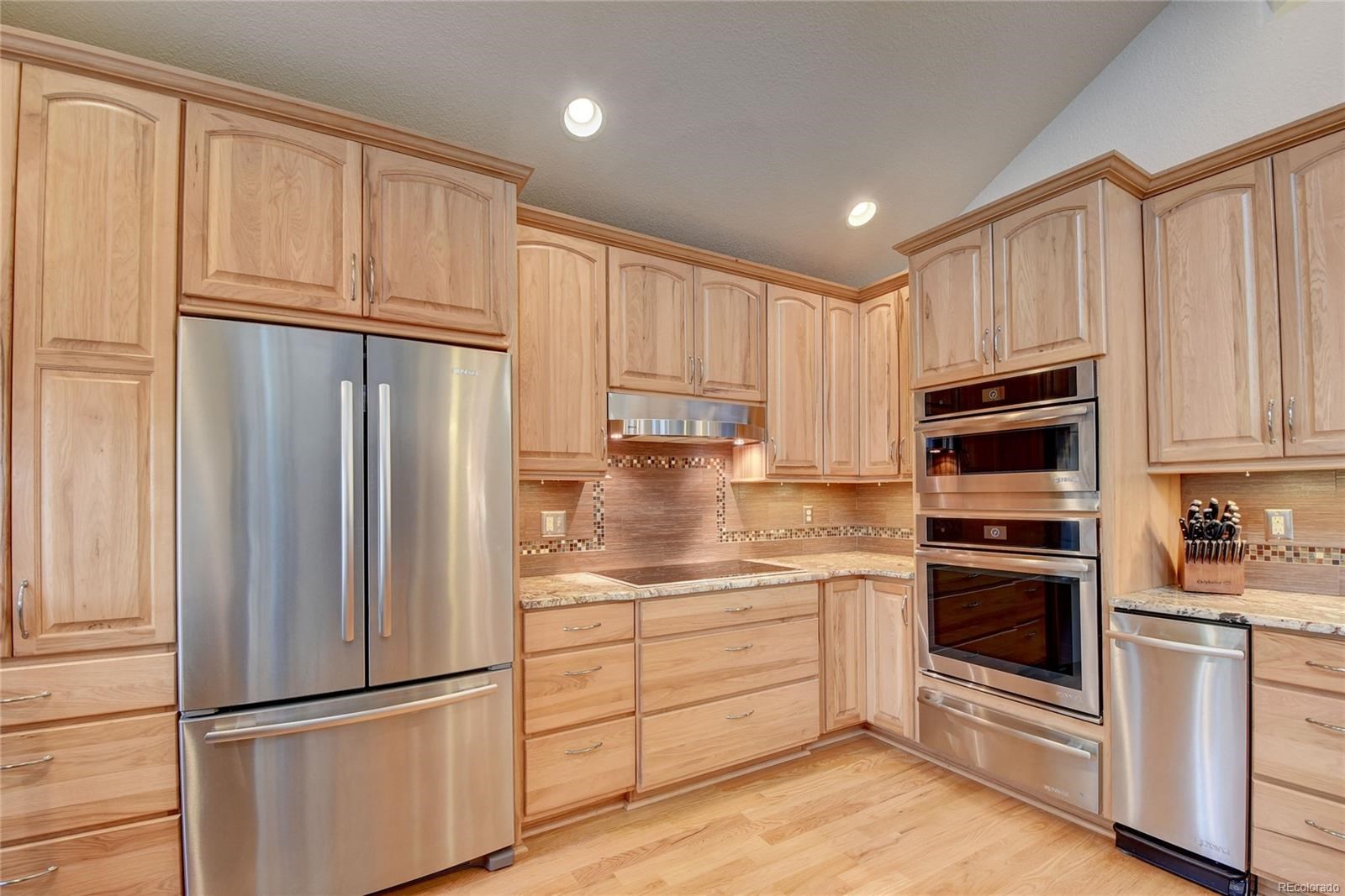MLS# 9913436 - 10 - 5726 W 81st Place, Arvada, CO 80003