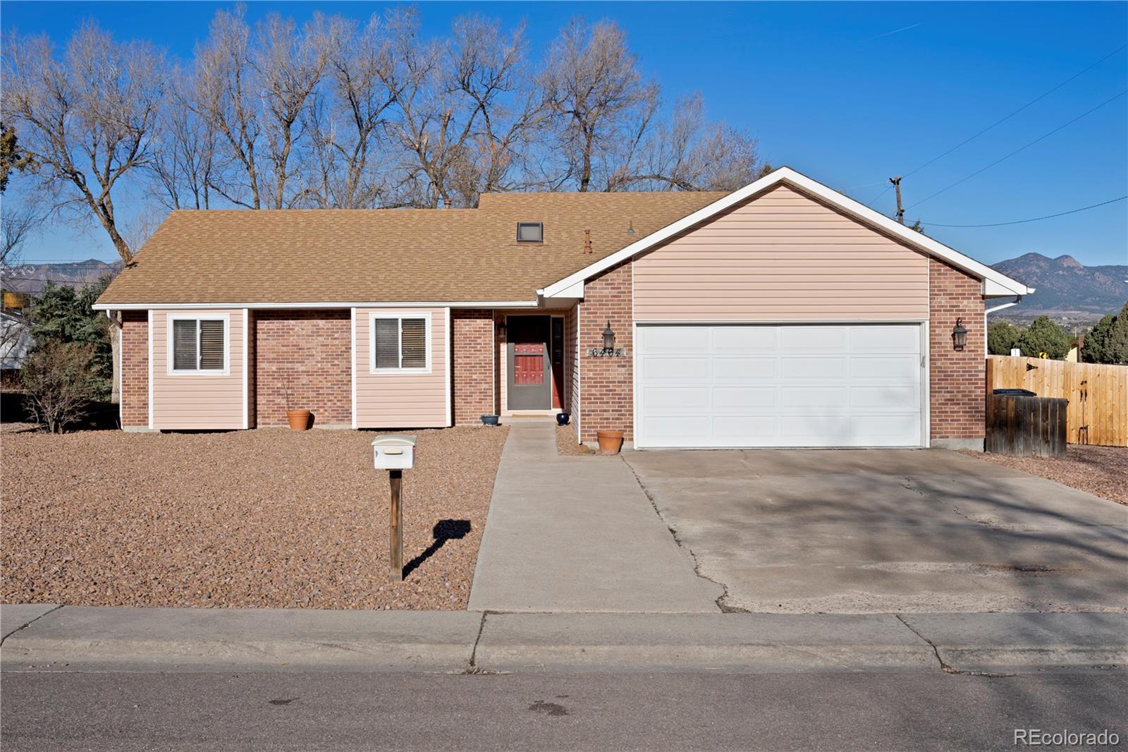MLS# 1721256 - 1 - 6464 Wicklow Circle, Colorado Springs, CO 80918