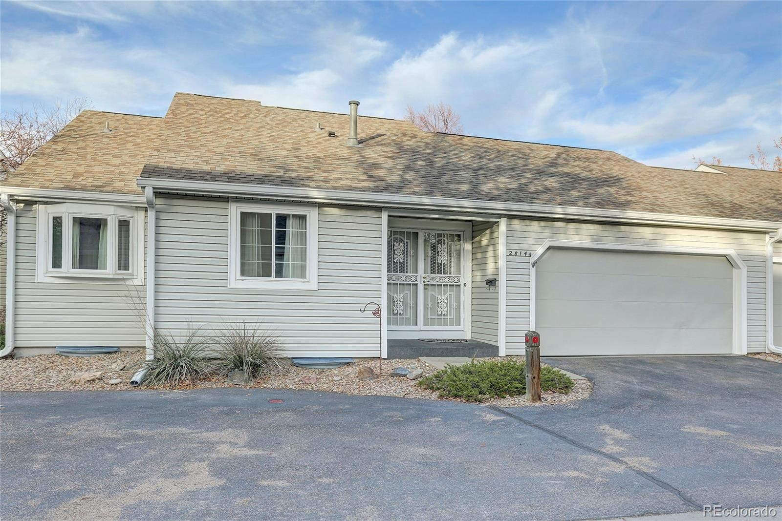 MLS# 2931590 - 1 - 2814 S Heather Gardens Way #A, Aurora, CO 80014
