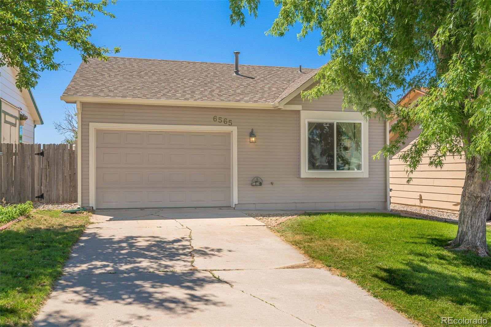 MLS# 3847207 - 1 - 6565 Mohican Drive, Colorado Springs, CO 80915