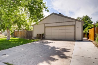 2217 S Oakland Way, Aurora, CO 80014 - #: 2709368