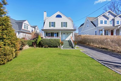 10 Roosevelt Avenue, Old Greenwich, CT 06870 - #: 106025