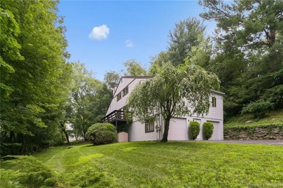 84 Hitching Post Lane, Fairfield, CT 06824 - MLS#: 170108563