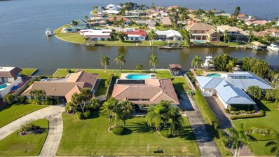 448 S Banana River Boulevard, Cocoa Beach, FL 32931 - MLS#: 828941