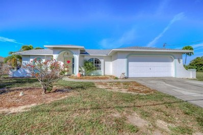 242 21st Ave, Cape Coral, FL 33909 - MLS#: 218076326