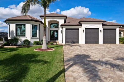 135 Bayshore DR, Cape Coral, FL 33904 - MLS#: 218000489